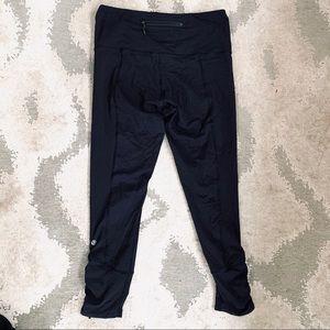 Lululemon | Black Cropped Workout Leggings
